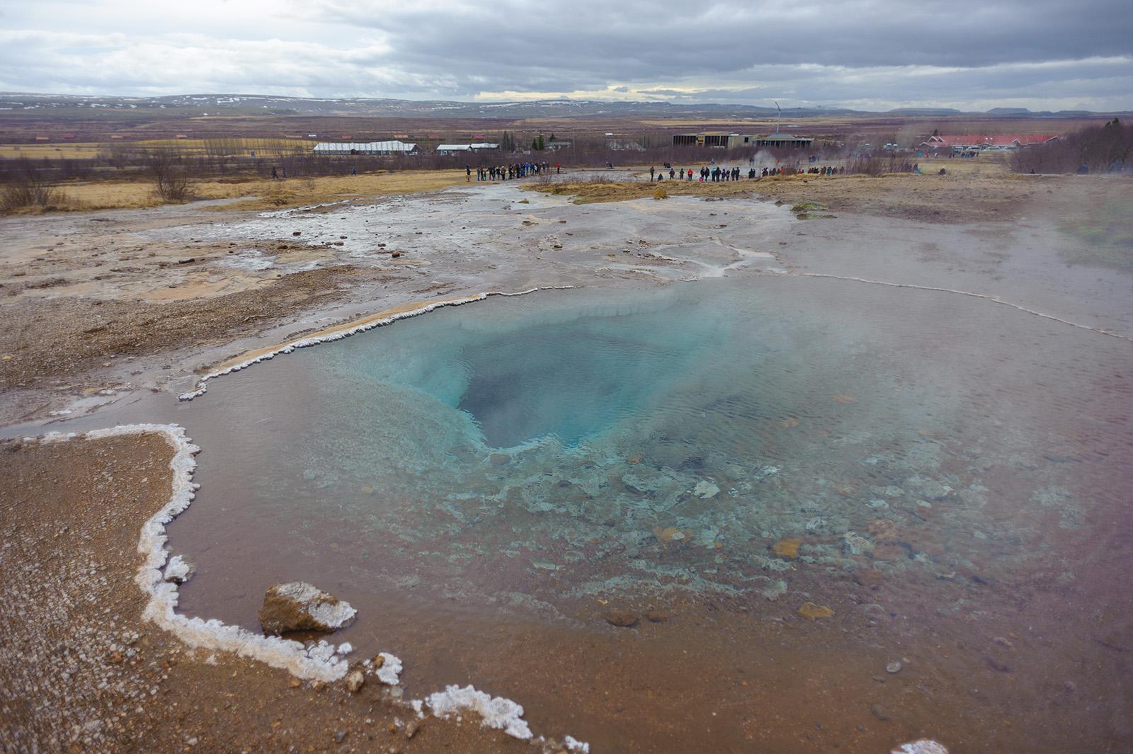 Haukadalur - кроме гейзеров, в долине множество небольших горячих источников.