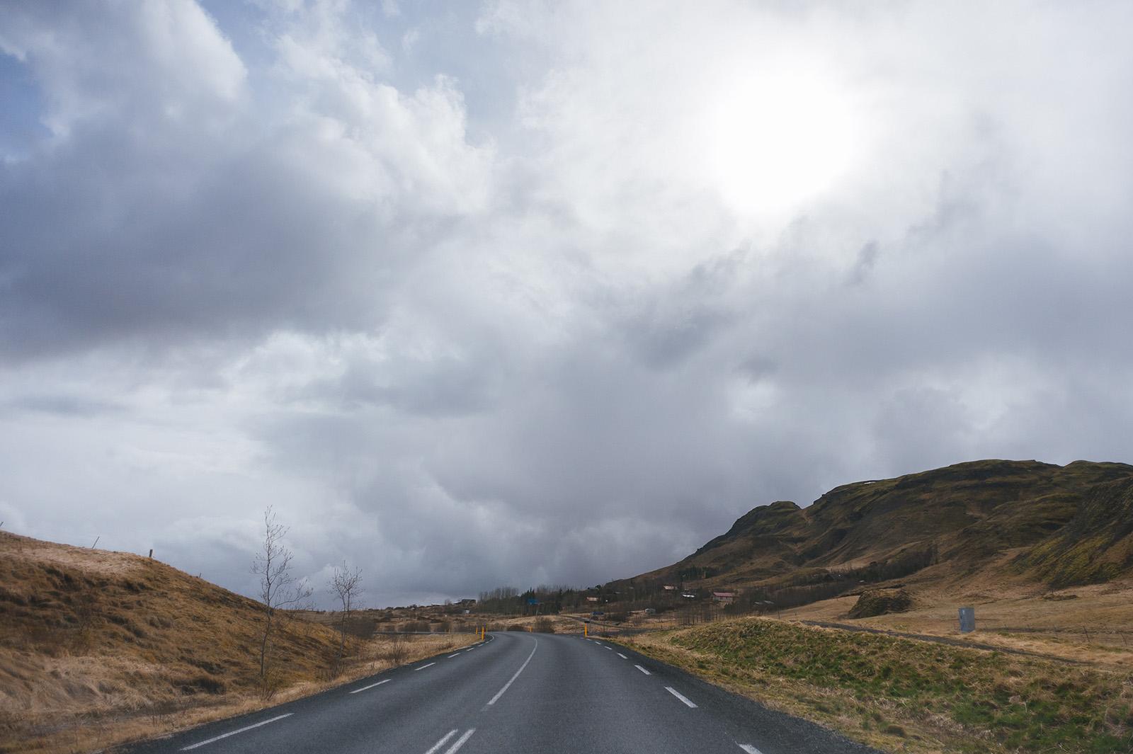 Дороги в Исландии прекрасны, как и всё вокруг.