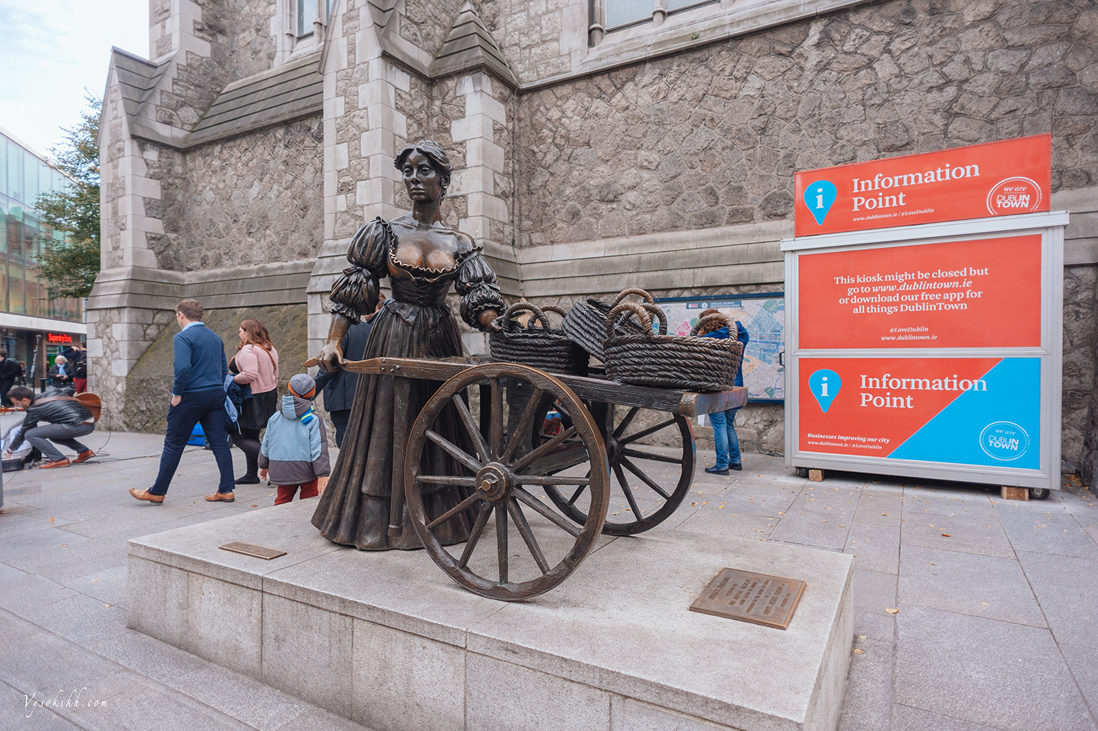 "Molly Malone  In Dublin's fair city Where the girls are so pretty I first set my eyes on sweet Molly Malone As she wheeled her wheelbarrow Through the streets broad and narrow Crying ""cockles and mussels, alive, alive, oh"" Alive, alive, oh Alive, alive, oh Crying ""cockles and mussels, alive, alive, oh"" She was a fishmonger And sure, t'was no wonder For so were her mother and father before And they wheeled their barrow Through the streets broad and narrow Crying ""cockles and mussels, alive, alive, oh"" Alive, alive, oh Alive, alive, oh Crying ""cockles and mussels, alive, alive, oh"" She died of a fever And sure, so one could save her And that was the end of sweet Molly Malone Now her ghost wheels her barrow Through the streets broad and narrow Crying ""cockles and mussels, alive, alive, oh"" Alive, alive, oh Alive, alive, oh Crying ""cockles and mussels, alive, alive, oh"" Alive, alive, oh Alive, alive, oh Crying ""cockles and mussels, alive, alive, oh"""