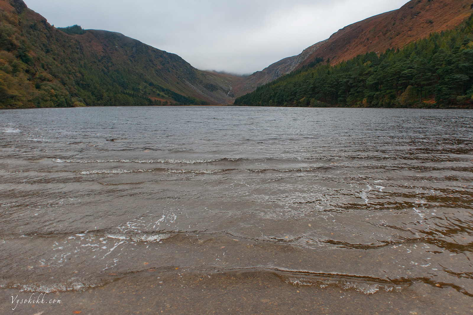 Lake Glendalough - озеро Глендалоу